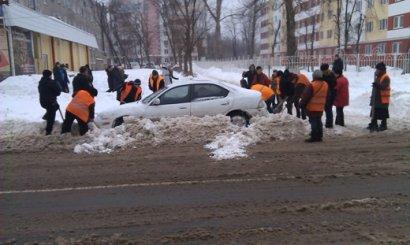 Автовладельцы Одессы: «А нам – все до…»?