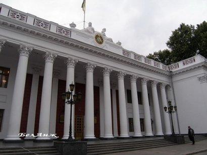 Одессе тяжко избавиться от балласта коммунальных предприятий