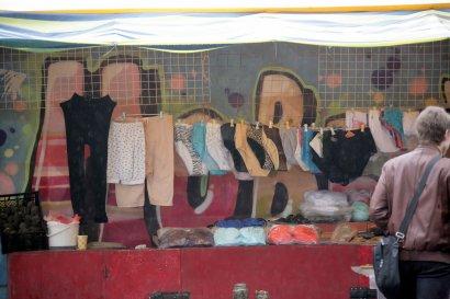 Унылые торговые ряды одесситы превращают в «картинки» (фото)