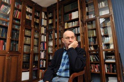 Борис Акунин в различных жанрах и лицах