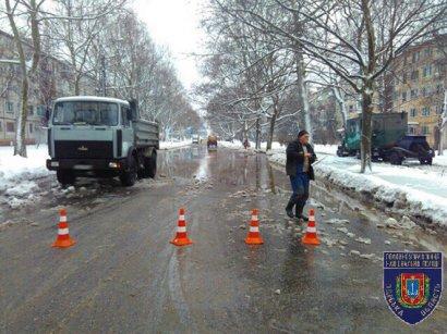 Одесские полицейские помогли жителям Черемушек (фото)