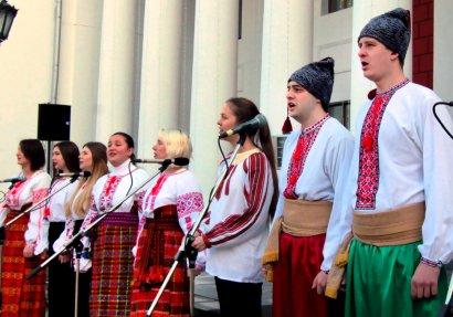 В Одессе состоялся песенный флэш-моб (фото)