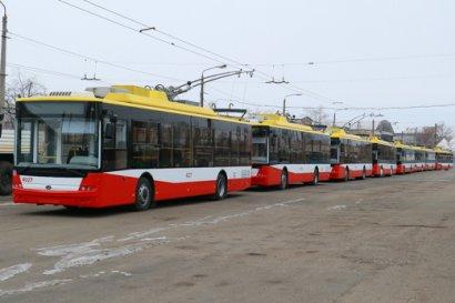В Одессу прибыли пять новых троллейбусов, специально построенных по заказу горсовета в Луцке