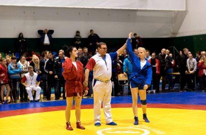 В Одессе проходят масштабные соревнования по самбо (фото)