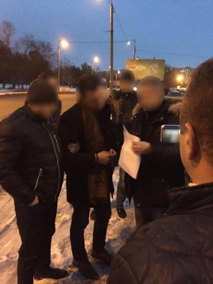 У одесских прокуроров руки длинные: до Днепра дотянулись (фото)