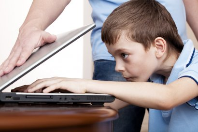Одесских школьников учат бороться с компьютерной зависимостью