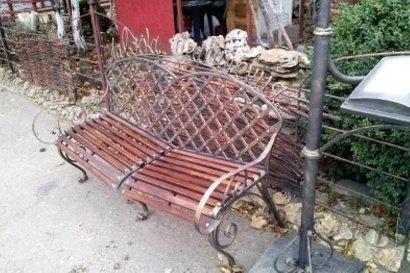 Одесские скамейки признаются в любви, философствуют, советуют и поражают воображение (фото)