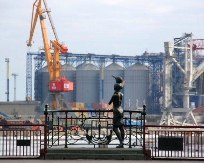 С подачи нардепа Кивалова АМПУ инициировал пересмотр портовых тарифов