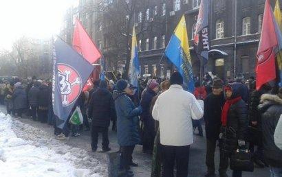 В Украине выйти на улицу готова почти половина населения страны!