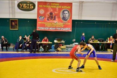 В Одессе прошёл турнир по греко-римской борьбе памяти известного борца Ивана Толмачёва (фото)