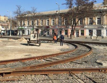 В Одессе продолжается капитальный ремонт Тираспольской площади