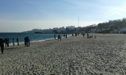 В первый день весны одесситы устремились на побережье (фото)