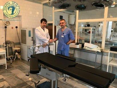 Одесская ОДКБ получила уникальный операционный стол в подарок