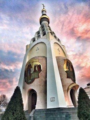 Верующие граждане празднуют Торжество православия