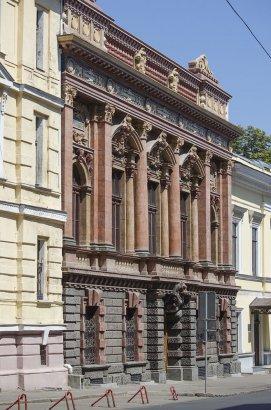 К лету в историческом центре Одессы отремонтируют почти два десятка фасадов