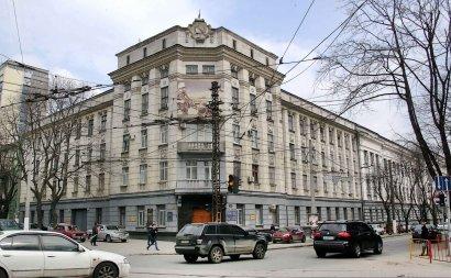 Стоит ли декоммунизировать здание военкомата Приморского района?