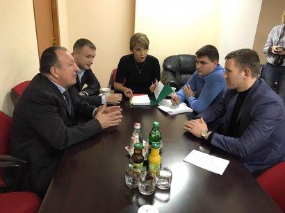 Заседание фракции Украинской морской партии накануне сессии горсовета