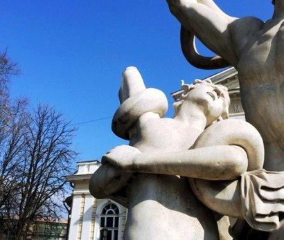 Скульптуру «Лаокоон и сыновья» вылечат и оградят от оголтелых вандалов