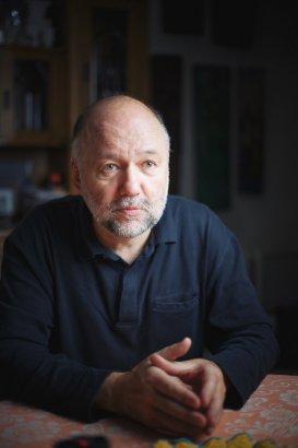 Андрей Курков: В Украине сформировалось генетическое неуважение к любой власти