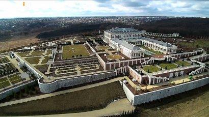 Советник президента возвел дворец на месте исторической памятки