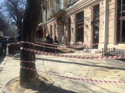Вниманию одесситов:  временно меняется движение транспорта по улице Екатерининской
