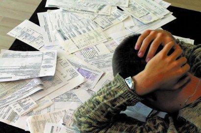 Украинцы стали еще хуже платить за коммуналку