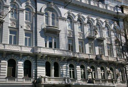 Дом с самым длинным балконом Фёдора Маврокордато на Греческой