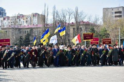 Город-герой Одесса празднует 73-ю годовщину со Дня освобождения