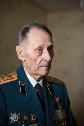 Сергей Кивалов поздравил ветеранов-освободителей