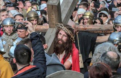 По главной улице Одессы прошел Иисус
