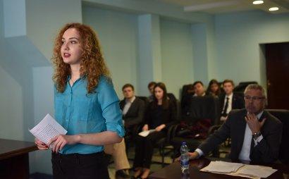 Одесских студентов ознакомили с работой американского суда