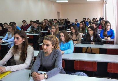Член Высшей квалификационной комиссии судей Украины рассказал студентам о перспективах трудоустройства