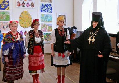 Открытие выставки детского рисунка «Пасхальное сияние» состоялось в Свято-Архангело-Михайловском женском монастыре