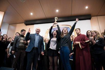 Студенты-первокурсники организовали зрелищное шоу молодых талантов