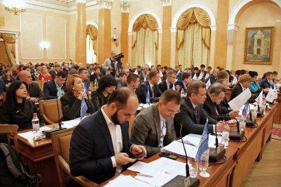 Депутаты горсовета все-таки позволили взрывотехникам проверить зал заседаний