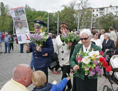 В День Победы память героев почтили  возле Стелы «Крылья Победы»