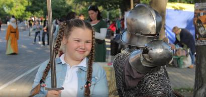 Доспехи, баллисты и средневековые танцы в Одессе