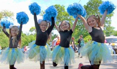 31 мая, накануне  Международного дня защиты детей отмечаемого 1 июня, на центральной аллее парка им. Савицкого  прошел  детский праздник.