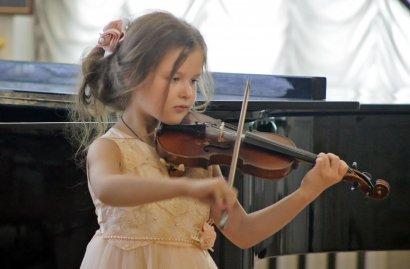 В Золотом зале Литературного музея прошел гала-концерт II Одесского регионального конкурса юных скрипачей