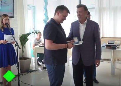 Народный депутат Сергей Кивалов поздравил работников СМИ с Днём журналиста