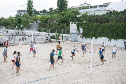 Сезон пляжного волейбола объявлен открытым