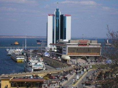 Администрация морских портов Украины объявила новый тендер на реконструкцию фасада одесского Морвокзала