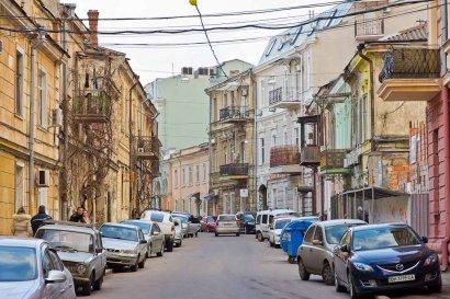 Ремонт большинства фасадов в Воронцовском переулке успешно завершен