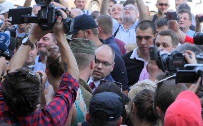 Одесские «национальные активисты» требуют отставки прокурора и губернатора