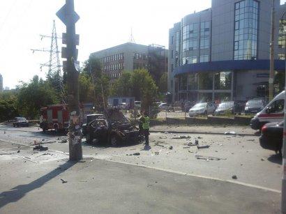 В Киеве взорвали автомобиль с главой спецназа Главного разведывательного управления Минобороны Украины (обновлено)