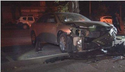В центре Одессы  взорвали авто  военного пенсионера. Предварительная версия - за долги