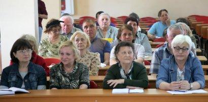 Социальный проект в действии: бесплатные компьютерные курсы для пожилых людей