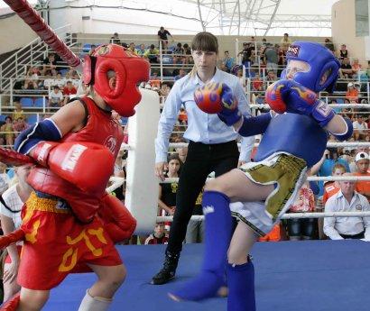В Одессе проходит первая Всеукраинская универсиада и Чемпионат Украины среди юниоров по таиландскому боксу