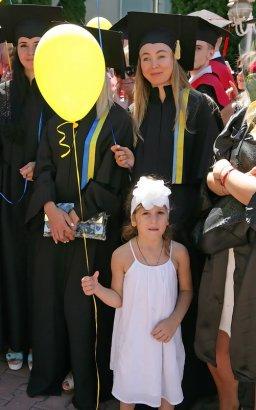 С дипломом во взрослую жизнь