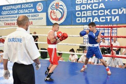 В Одессе прошел 21-й Кубок памяти Семена Трестина по боксу